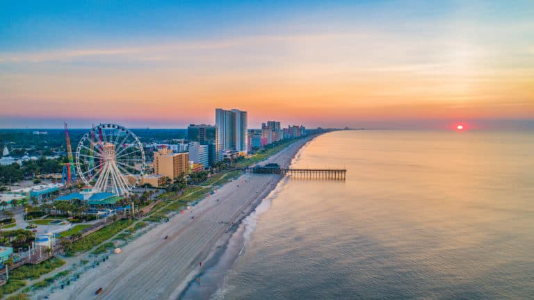 Five Inexpensive Beach Vacation Spots for the Budget Traveler