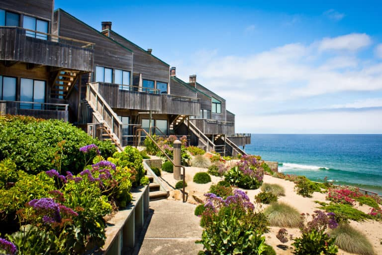 Why You Should Consider Getting a Timeshare